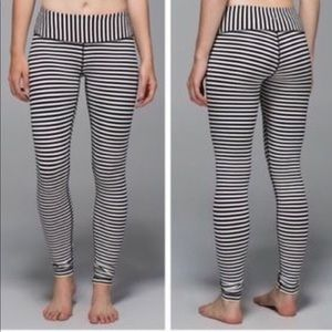 Parallel stripe angel wing lululemon size 6